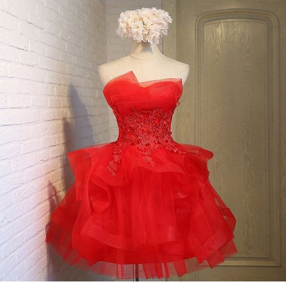Charming A-line lace strapless short homecoming dresses S23551