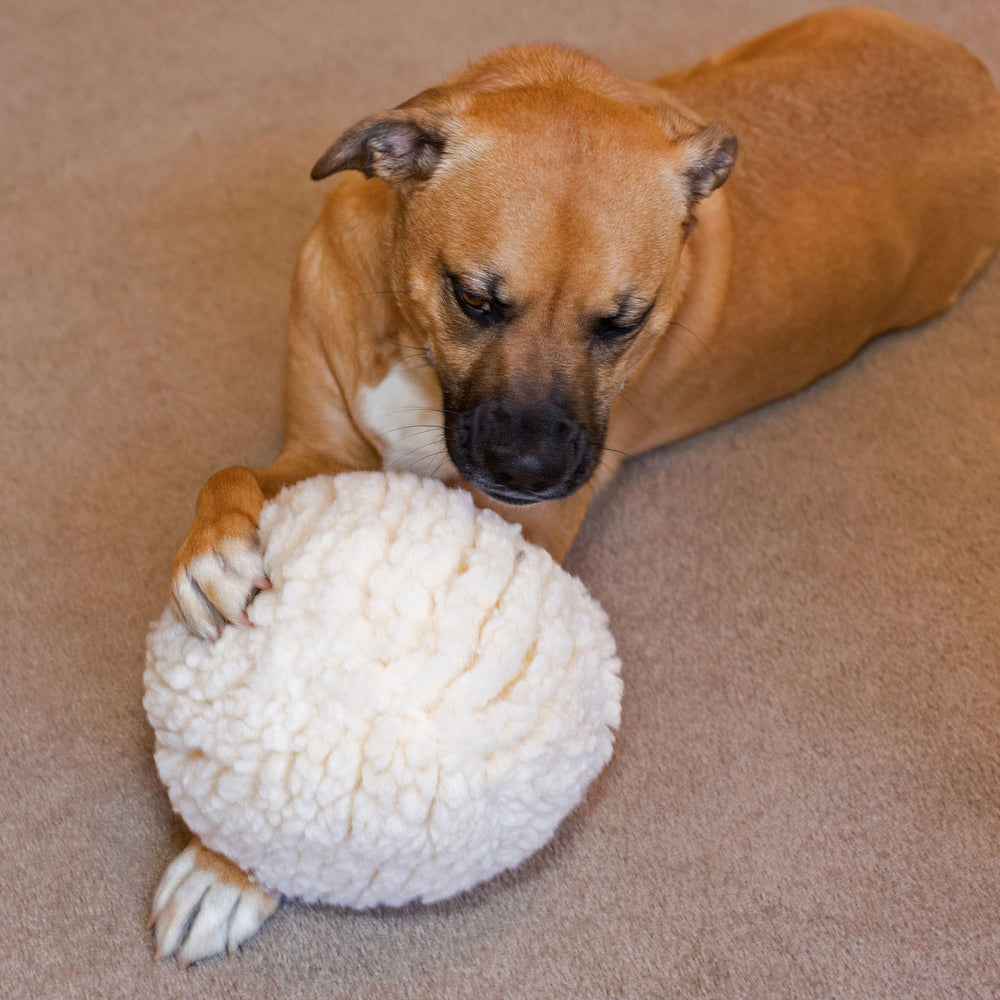 HuggleFleece™ Ball