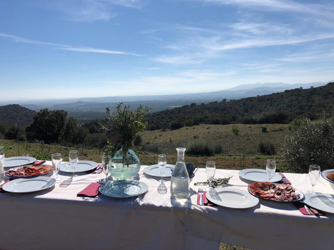 lunch in the emporda