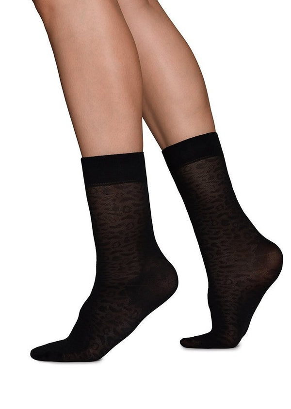 Emma Leo socks | black