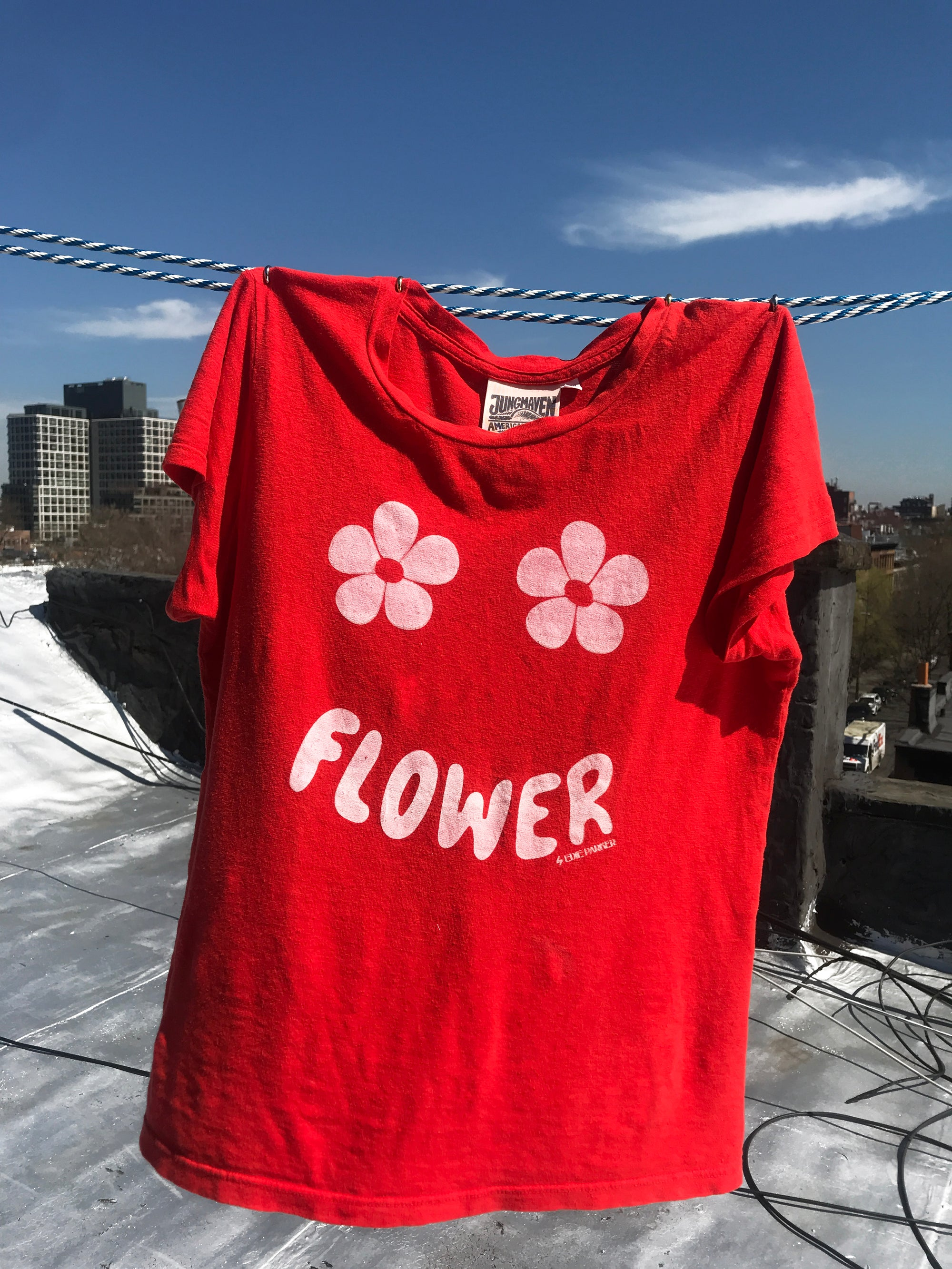 Flower Tee in Red