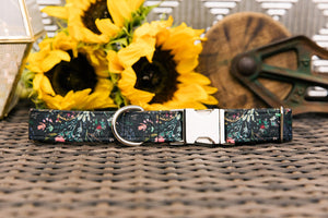 Walk in the Bark Collar: Black with floral