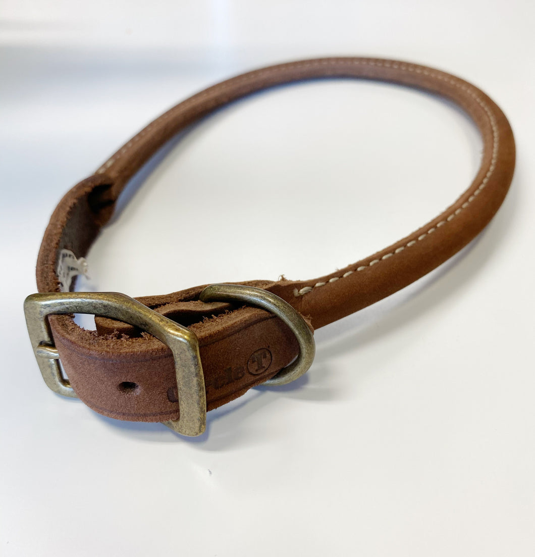 Brown rolled leather collar