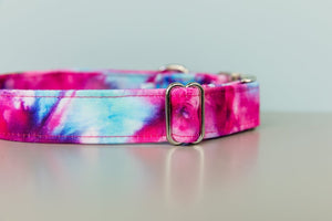 Walk in the Bark Collar: Fuchsia Tie Dye