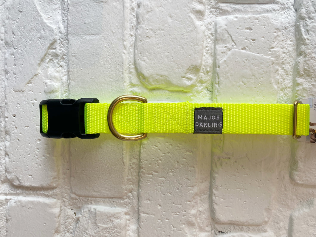 Major Darling Buckle Release Collar - Neon Yellow