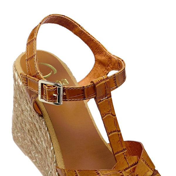 Kanna Croc Print Leather Wedges - Tan