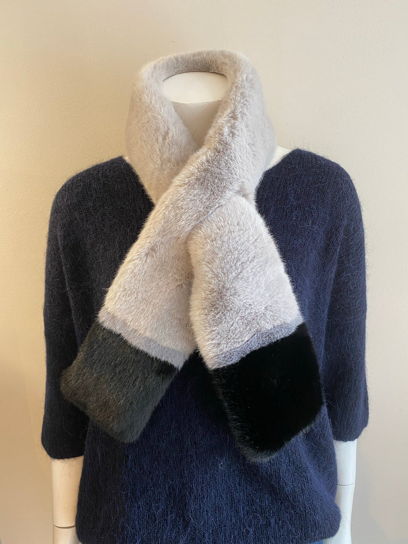 Libby Loves Winnie Two Tone Scarf - Silver