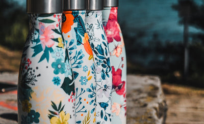Insulated Reusable Water Bottles: Keep Your Drinks Hot or Cold!