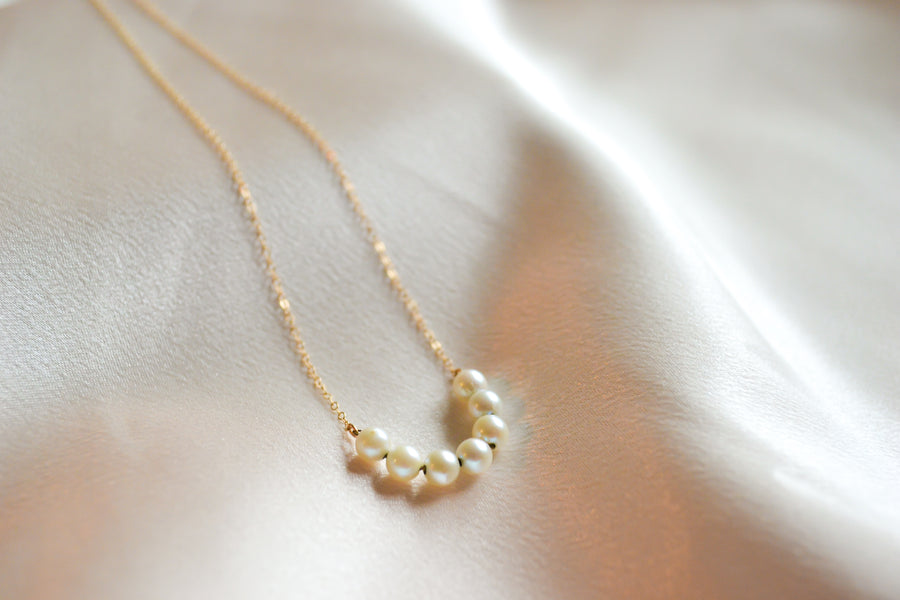 14K yellow gold cultured pearl necklace vintage