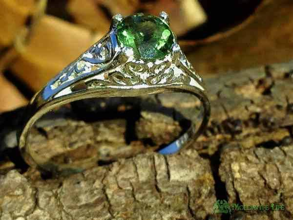 Silver Faceted Moldavite Ring Filigree 5mm Gem-Moldavite Jewelry