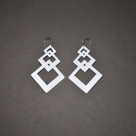 Interlocking Square Earrings - Matte White