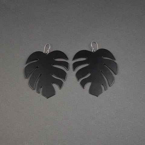 Tropical Leaf Earrings - Matte Black