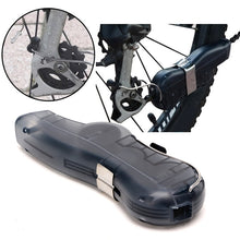 Load image into Gallery viewer, Black Bike Chain Cleaner - thebicyclingstores.com