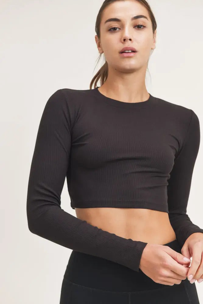 basic black athleisure cropped top