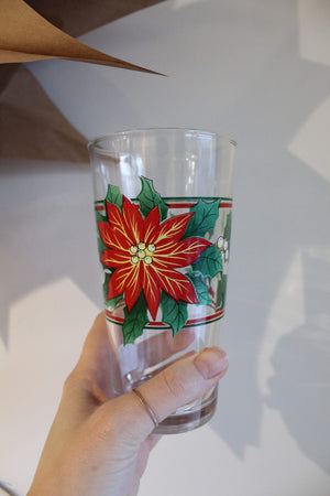 Christmas Pointsetta Glasses