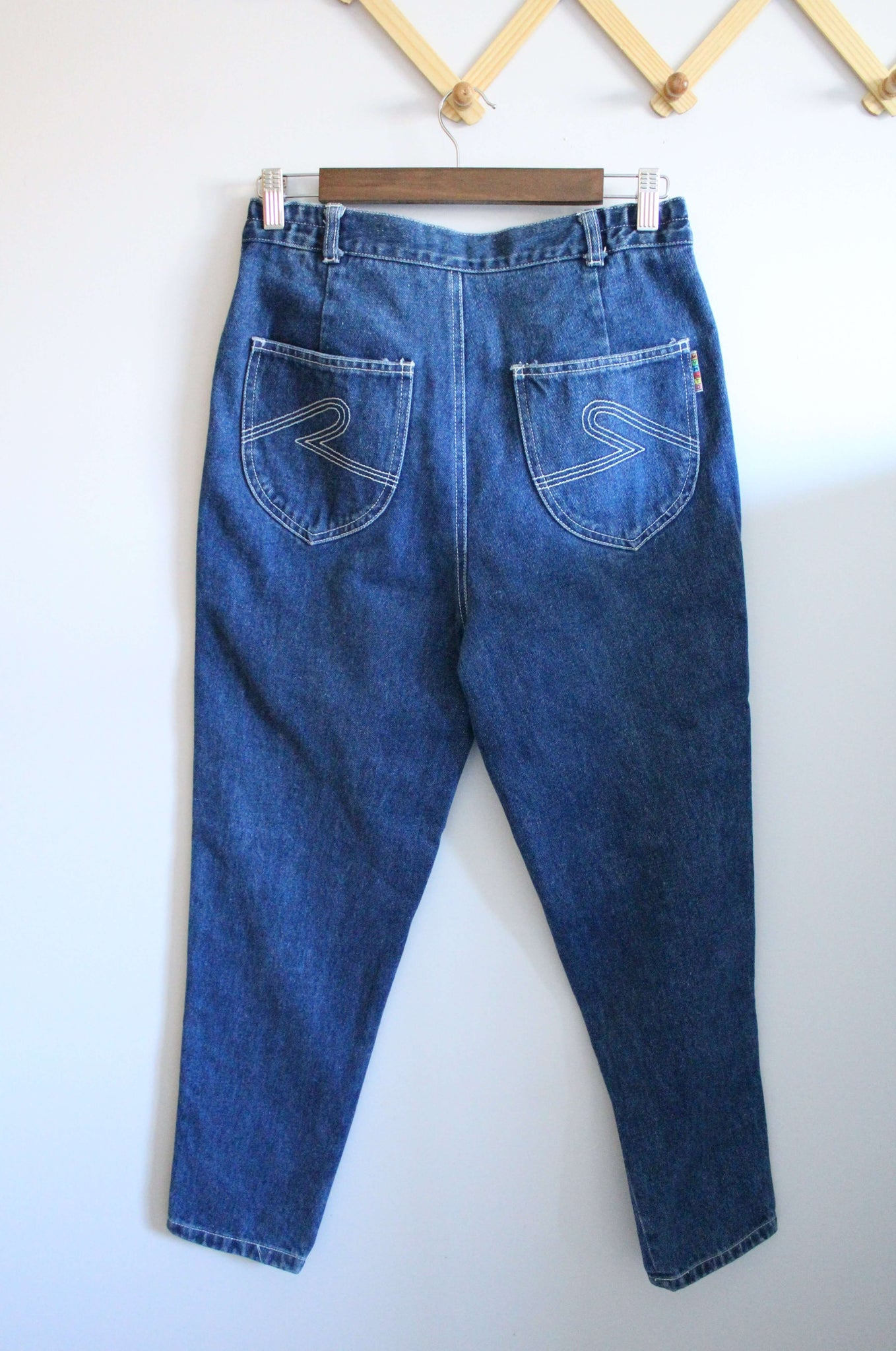 Embroidered High Waisted Jeans
