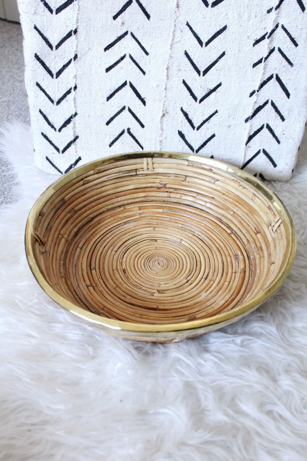 Round Tray with Gold Rim - elizabeth o. vintage