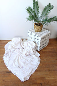 Embroidered Duvet and Sham Set