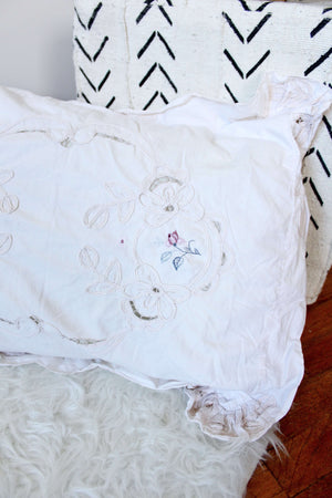 Embroidered Duvet and Sham Set - elizabeth o. vintage