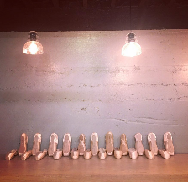 Pointe-shoes-freed-suffolk-bloch