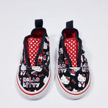 Load image into Gallery viewer, Vtg Vans Slip On Hello Kitty 5/22 Toddler