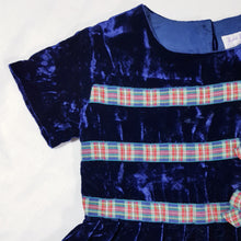 Load image into Gallery viewer, Vtg Midnight Velvet Silk Tartan Dress 6-7yrs