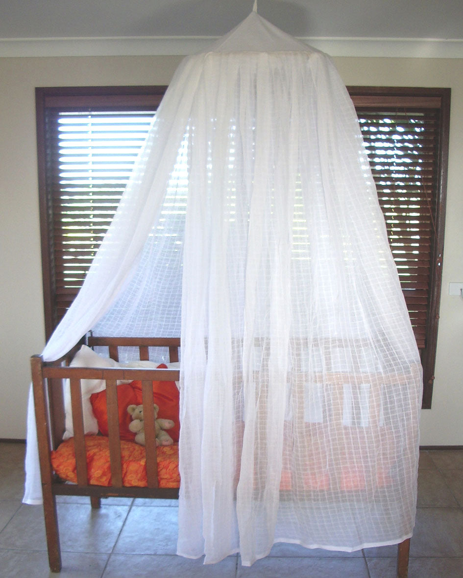 organic cotton mosquito net, cotton mosquito net , Brunswick Heads, Mosquito nets, Mosquito nets Byron Bay, Mullumbimby, Mosquito Nets Mullumbimby, Made in Mullumbimby,100% cotton mosquito net,mozzie protection , bed net, organic mosquito net, mosquito net, cotton mosquito net, insect protection,  interiors,  canopy net,  mosquito net Australia, midge net, fly net, quality mosquito nets