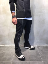 Load image into Gallery viewer, Black Jogger Pant SJ250 Streetwear Jogger Pants - Sneakerjeans