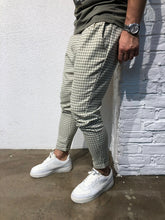Load image into Gallery viewer, Beige Checkered Baggy Jogger Pant B163 Streetwear Jogger Pants