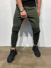Load image into Gallery viewer, Khaki Knee Side Pocket Zipper Jogger Pant B170 Streetwear Jogger Pants - Sneakerjeans