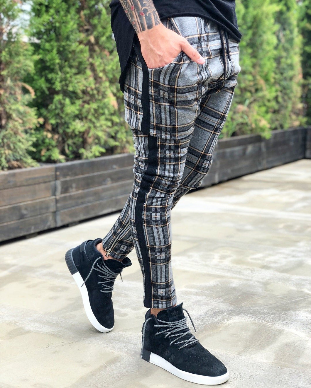 Gray Side Striped Checkered Jogger Pant B217 Streetwear Jogger Pants