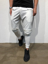 Load image into Gallery viewer, White Knee Side Pocket Zipper Jogger Pant B171 Streetwear Jogger Pants - Sneakerjeans