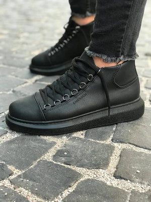 Triple Black Mid Top Sneaker CH258