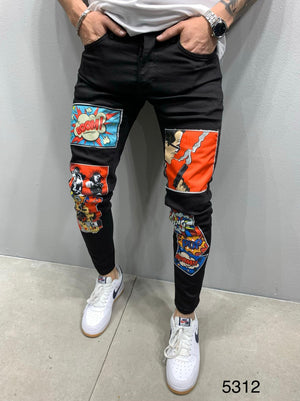 Sneakerjeans Black Comic Patched Jeans AY896