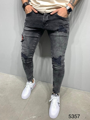 Sneakerjeans Gray Snake Embroidery Skinny Jeans AY975