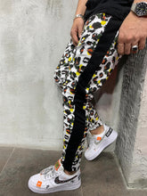 Load image into Gallery viewer, White Camouflage Side Striped Jogger Pant AY524 Streetwear Mens Jogger Pants