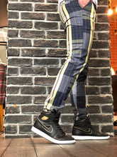 Load image into Gallery viewer, Gray Coloured Checkered Slim Fit Casual Pant DJ101 Streetwear Pant
