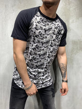 Load image into Gallery viewer, Black Camouflage Printed Oversized Mens T-Shirt AY435 Streetwear Mens T-Shirts