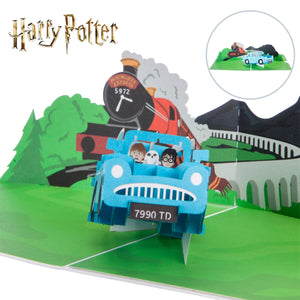 Close up image of Harry Potter 'Flying Ford Anglia' Pop Up Card
