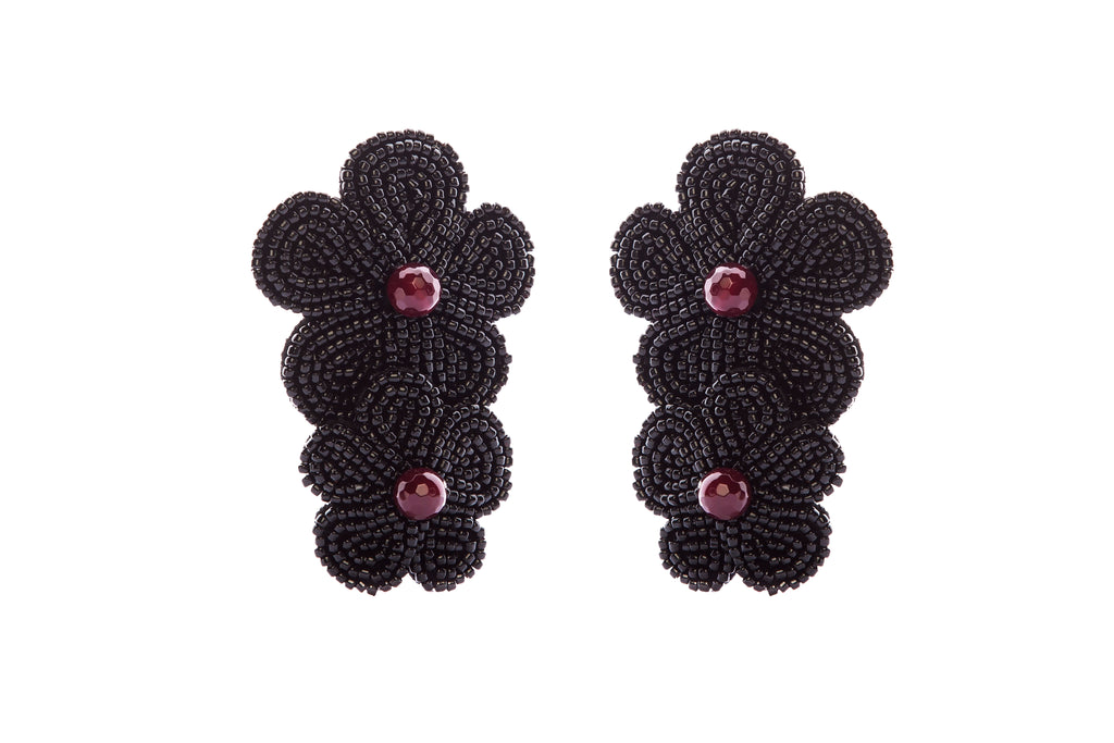 Austien Earrings Black