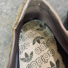 Load image into Gallery viewer, VINTAGE ADIDAS SAMBA SUEDE SHOES