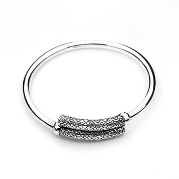 Bangle with Antiqued Plate Design in .999 Silver