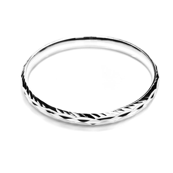 Bangle With Diamond Cut Etching in .999 Silver