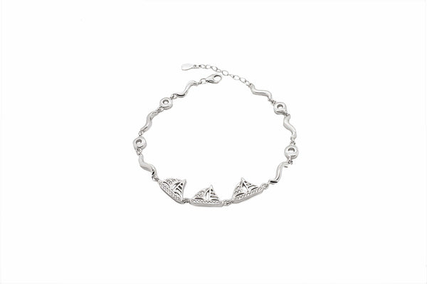Sailboat Bracelet in Sterling Silver