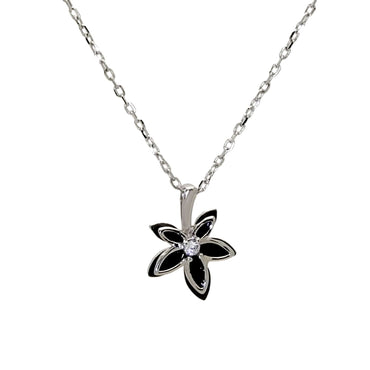 Maple Leaf Pendant Necklace in Sterling Silver