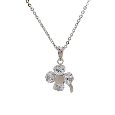 Clover Pendant Necklace in Sterling Silver