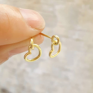 Hearts earstuds in 18 carat gold