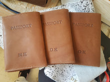 Load image into Gallery viewer, Personalized passport cover- brown leather