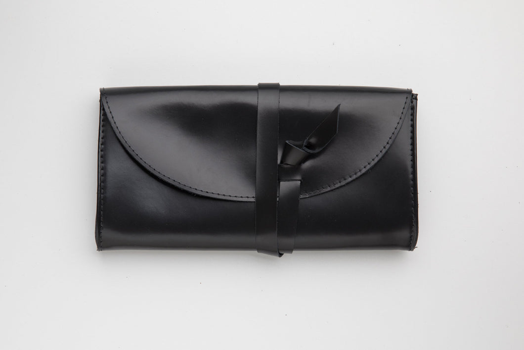 Wallet- L size - shiny black