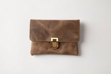 Load image into Gallery viewer, Small Wallet - Brown Leather